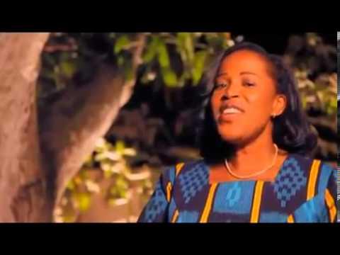 Constance Aman - Owa Dewo
