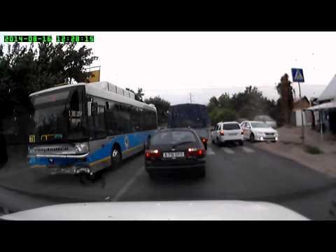Авария с автобусом  Алматы 16 08 2014