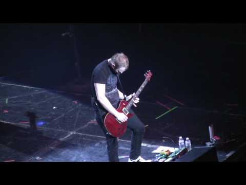 Skillet - Ben Kasica guitar solo - Awake and Alive tour - New York - high quality