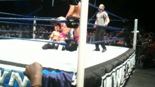 WWE Smackdown Torino 09.06.2011 - Vise Grip by The Great Khali