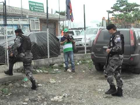 HIEREN A DOS POLICÍAS EN ENFRENTAMIENTO CONTRA PRESUNTA BANDA DELINCUENCIAL EN CANTÓN PONCE ENRÍQUEZ