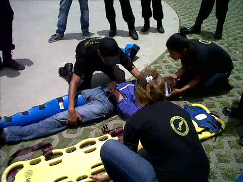 video del Grupo de Rescate y Salvamento  Guardianes por la Vida .wmv