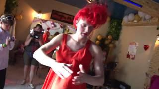 Танец с видеооператором  Прикол на свадьбе 2013 ржака смех юмор