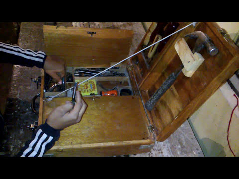 caja de madera herramientas equipada