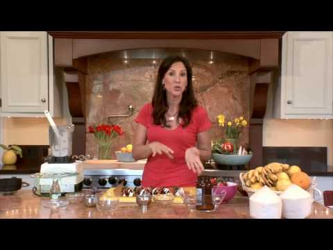 Chocolate Covered Strawberries: Raw food recipe