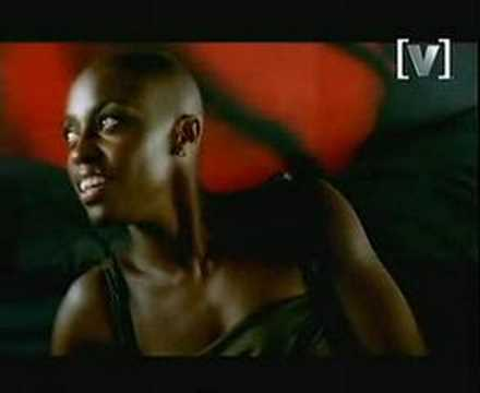 UNDRESS ME NOW - Morcheeba