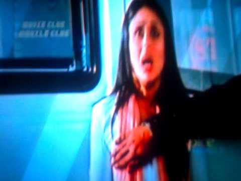 Srk Touching Kareena's Boobs In Ra-one video