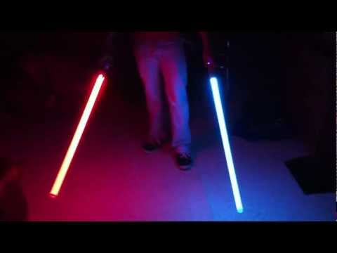 Ultrasabers lightsaber review Aeon-le-v3 and catalyst red/blue star wars