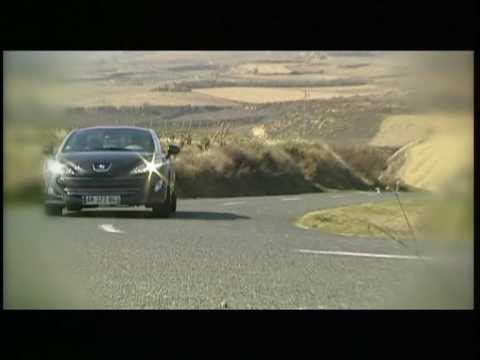 Peugeot RCZ sulla strada