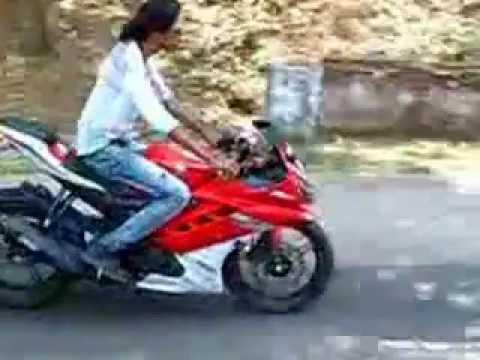 New Yamaha R15 Version 3 Yamaha R15 Version 2.0 Stunts