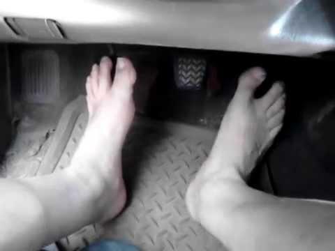 Pumping Cranking Revving Redlining Flip flops N barefoot