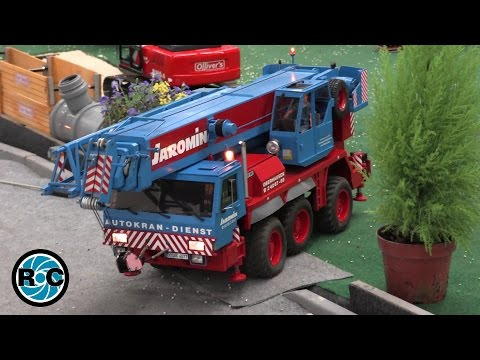 RC Crane Liebherr LTM 1060-2 - Intermodellbau Dortmund 2016