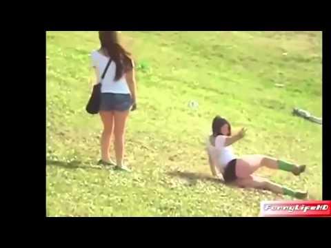 Caidas Graciosas de Chicas Borrachas Muy Graciosos Drunk Girls Funny Drunk Girls thumbnail