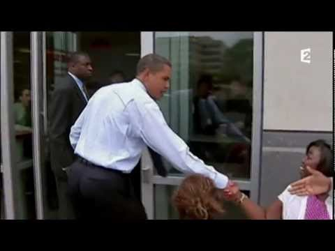 Barack Obama goes to Five Guys : One Burger, One color