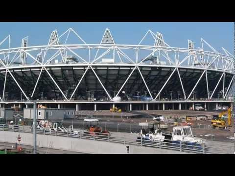LONDON 2012 - Olympic Stadium - Lea Riverside Walk (HD)