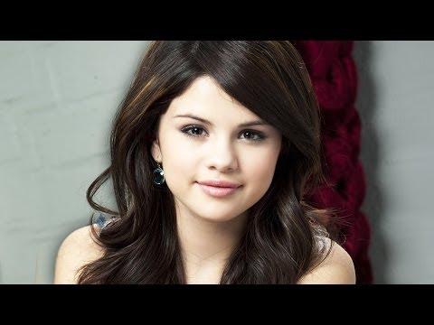 Selena Gomez Enters Rehab