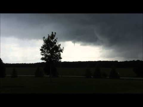Funnel Cloud Near Millbrook, IL 6-29-2015
