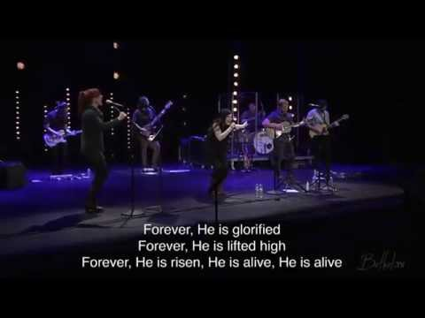 Brian Johnson and Kari Jobe - Forever klip izle