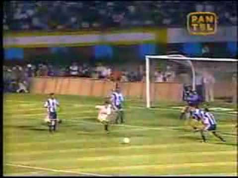 ROBERTO MARTINEZ  : HACIENDO  LLORAR  A  KGONES.  CLASICO1995.