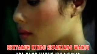 download lagu Siti Kdi   Bertaruh Rindu gratis