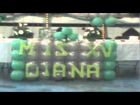 decoracion con globos 15 años en verde jade