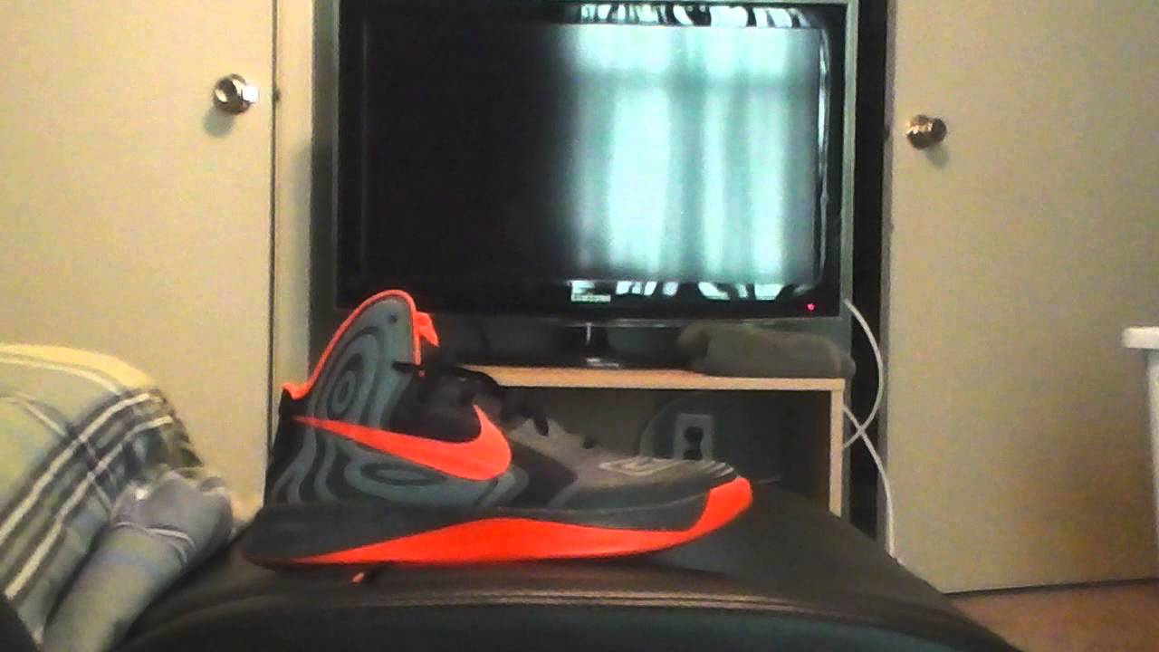 nike hyperfuse 2012 supreme review youtube