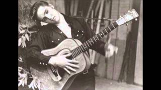 Watch Elvis Presley Mama video
