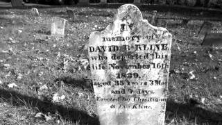 HAUNTED GRAVEYARD / VERY OLD TOMBSTONES /Cemetery