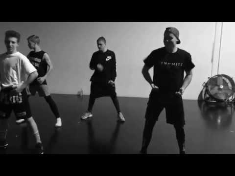 Student Choreography Week 3    Emilee Bradbury &  Eden Robb