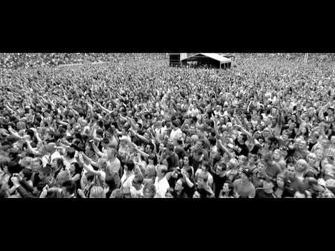 Stereophonics - Trouble - Live from Cardiff City FC Stadium (HD)
