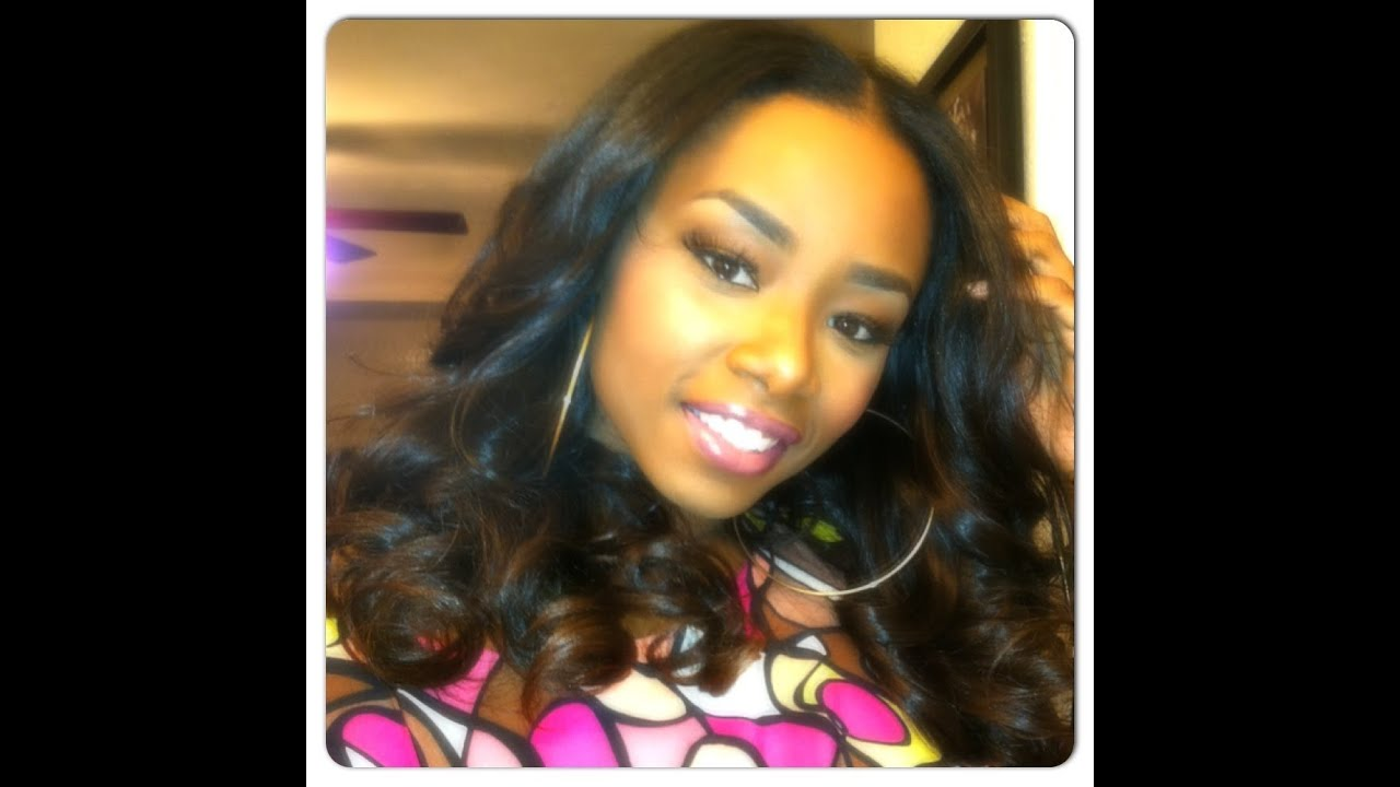 Hollywood 10 Minute Sew-In | Malaysian Salon Relaxed - YouTube