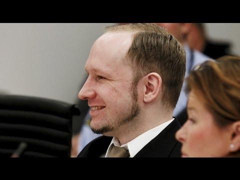 Anders Behring Breivik und sein großer Auftritt