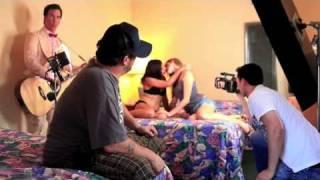 Watch Uncle Kracker My Girlfriend video