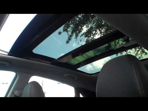 Panoramic sunroof in action on 2013 Elantra GT
