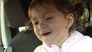 2 year old Victoria sings Someone Like You by Adele. ADORABLE!