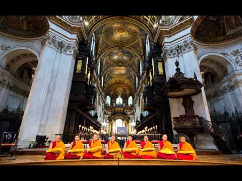 Dalai Lama Chanting In Prague St. Vitus Cathedral - Part 2 video