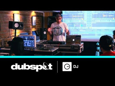 DJ Shiftee - Dubspot's Online Digital DJ Course w/ Traktor Pt 1/3 - The Routine / Live Performance