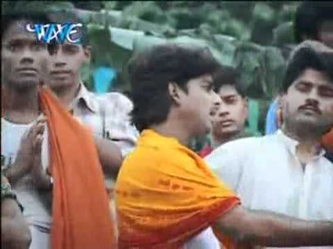Rave Se Ehe Hathjodiya. Mathe Daura Uthai Kechhath Pooja.  Pawan Singh. Http:  bhojpurimp3.tk video