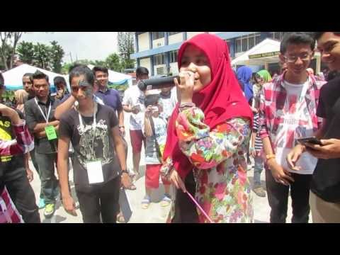 Najwa Latif Perform Lagu Sahabat At Smkbb ! video