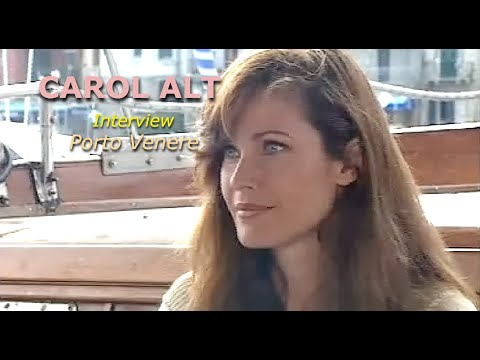 Carol Alt interview ''Fanzine'' Video