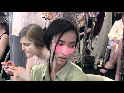 Glamorous Girls Backstage At Valentin Yudashkin Show Spring 2012, Paris Fashion Week | Fashiontv Ftv video