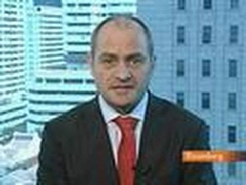 Harr Says `More Aggressive Measures' Needed to Slow Yen: Video