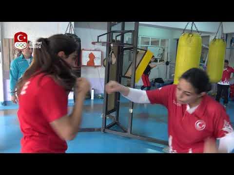 Boks Milli Takımımız 2018 Gençlik Olimpiyatları Kotası Için İtalya'da
