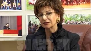 Ashxarhi Hayer - Roxana Babayan