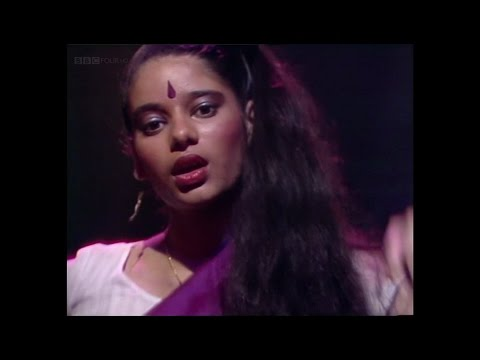 Monsoon - Ever So Lonely (TOTP 1982)