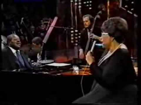 Ella Fitzgerald sings In a Mellow Tone with Oscar Peterson