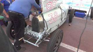 Grand Prix Historique de Monaco 2012 - Bugatti Type 39 en réglage dans les paddocks.