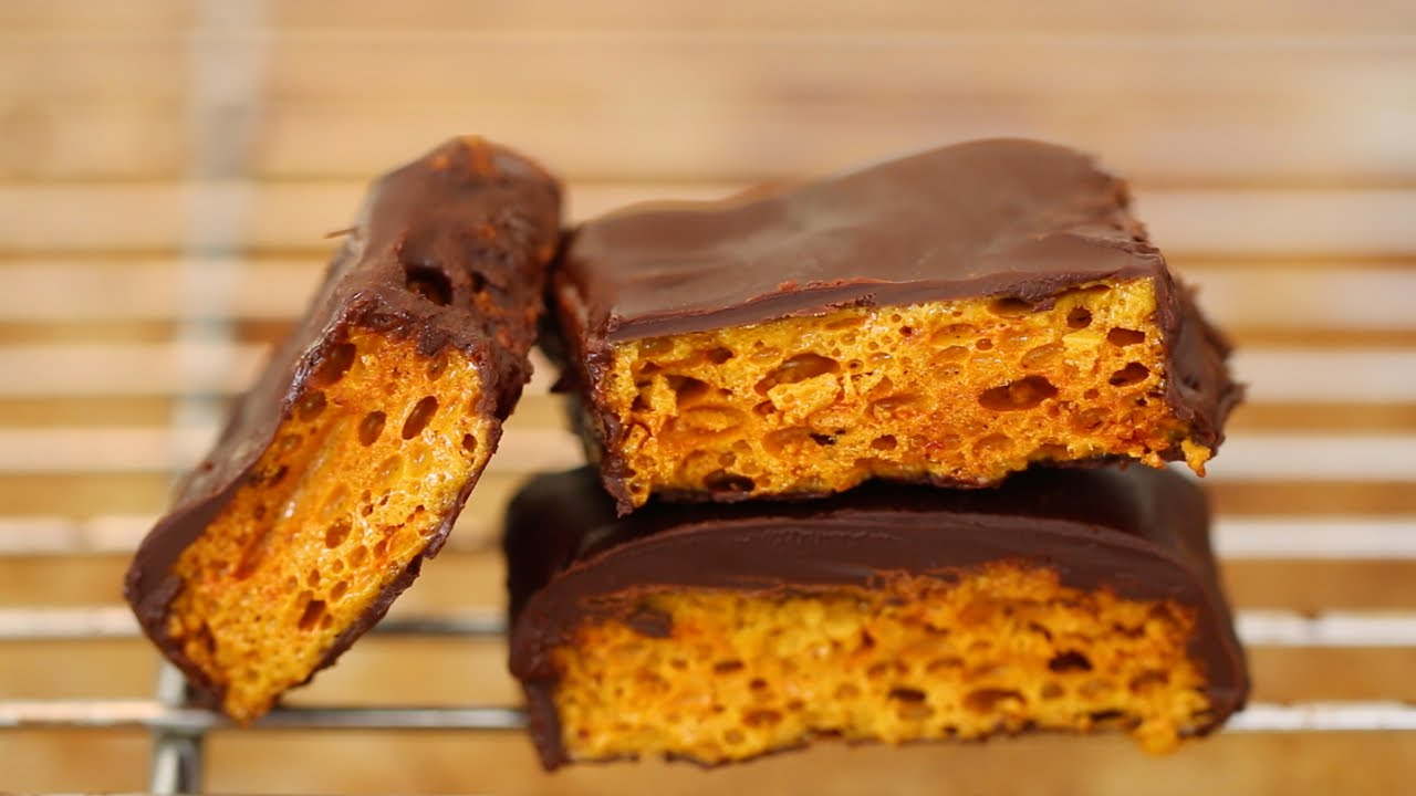 Homemade Honeycomb & Cadbury Crunchie Bars Recipe - Gemma's Bigger ...