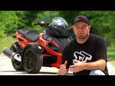 Motorcycle Review: Can-Am Spyder RSS