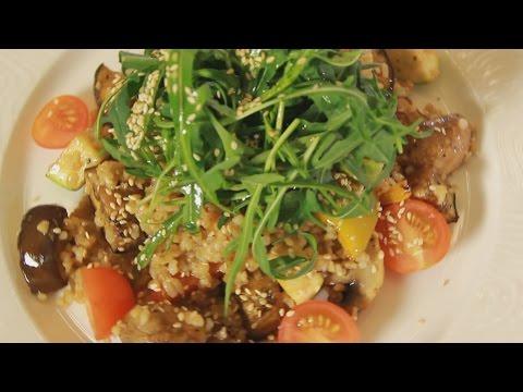 Теплый салат с булгуром и печеными овощами. Рецепт от шеф-повара.